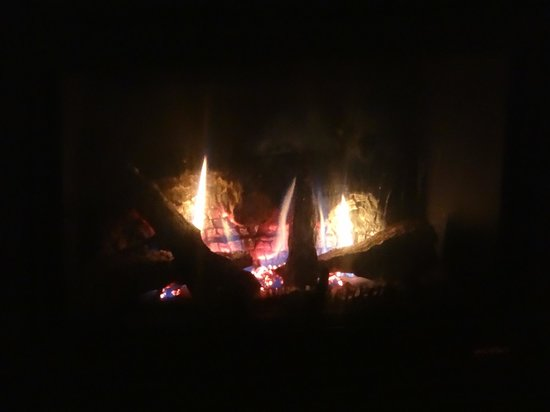 RiverWood on Fall River: our toasty fireplace