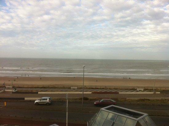 NH Zandvoort: Prachtig zeezicht vanuit je kamer