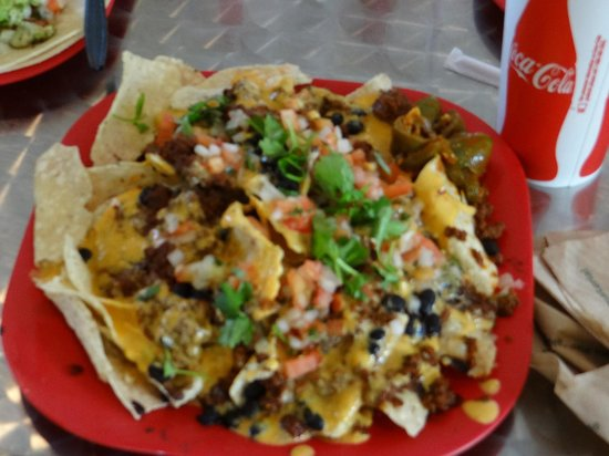 Peppers Mexican Grill: plenty of nachos