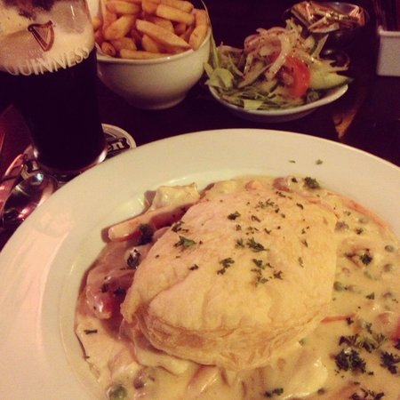Towers Hotel: Puff pastry chicken pot pie. Delicious. :-)