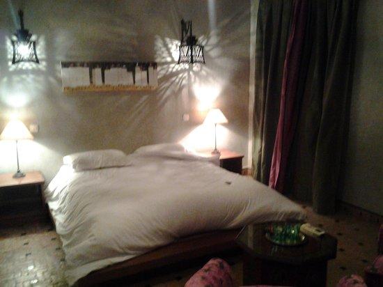Riad Les Bougainvilliers: habitacion