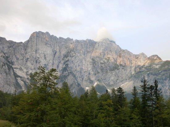 Rifugio Alpino Luigi Zacchi: Panorami mozzafiato