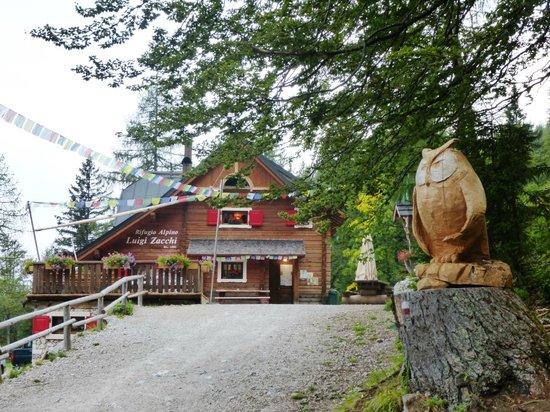 Rifugio Alpino Luigi Zacchi: benvenuti....fortunati!!!