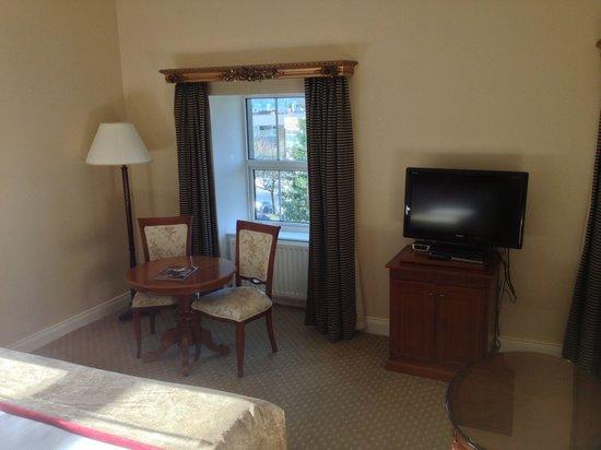 The Malton Hotel : A corner in Jr Suite 301.