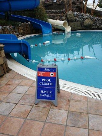 Limak Arcadia Golf & Sport Resort: Closed