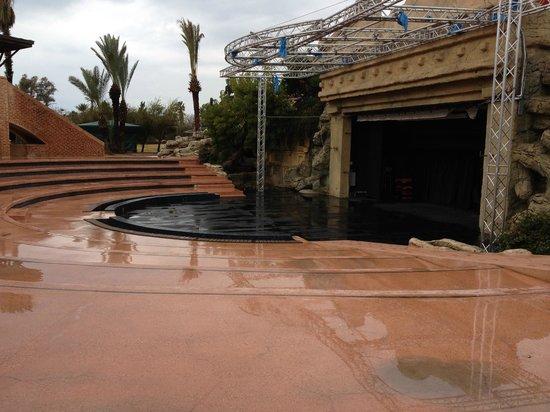 Limak Arcadia Golf & Sport Resort: Ampitheatre Closed