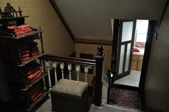 A Painted Lady Inn : top of the stairs and one of the bathrooms