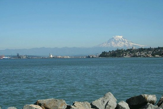 The Ram Restaurant & Brewery : Tacoma's Commencement Bay Views Fabulous!