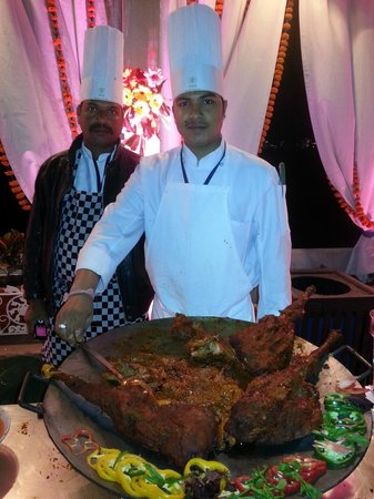 Shiv Niwas Palace: The food in the party was good but that should be really expected from India in all places.