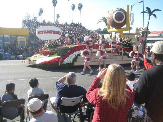 Tournament of Roses Association: Carro della squadra di football americano Stanford