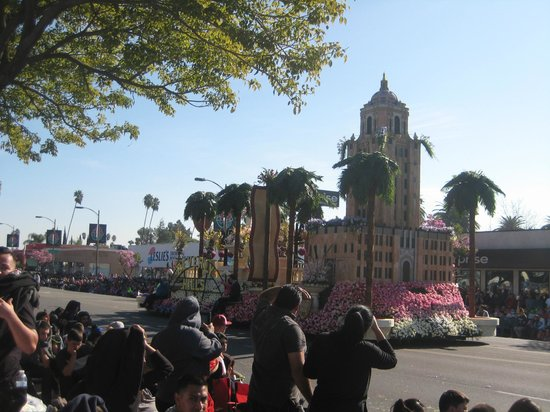 Tournament of Roses Association: carro floreale di Beverly Hills