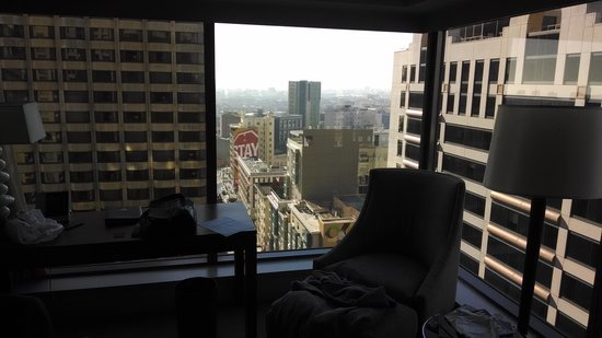 Hotel Nikko San Francisco: Corner Room