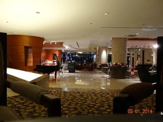 Le Meridien Kota Kinabalu : Lobby