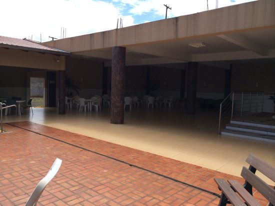 Luz Hotel: Área ao lado do ofuro