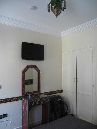 Hotel Tarek: room