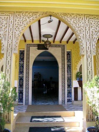 Hotel Tarek : hotel entrance