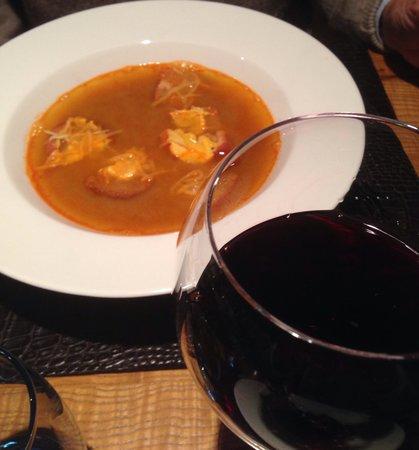 La Baleine: Tasty fish soup