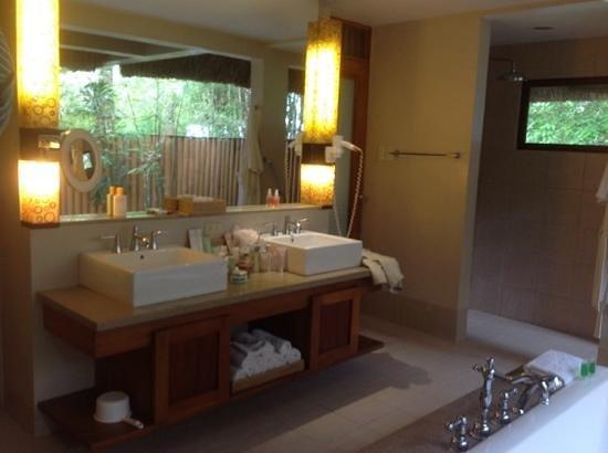 Eskaya Beach Resort & Spa : il bagno.1