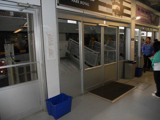 TransLink Seabus: Waiting Area