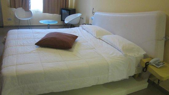 Hotel Ibis Styles Catania Acireale: Letto