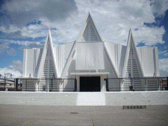 "Hilton Garden Inn Liberia Airport: The ""white"" church in Liberia"