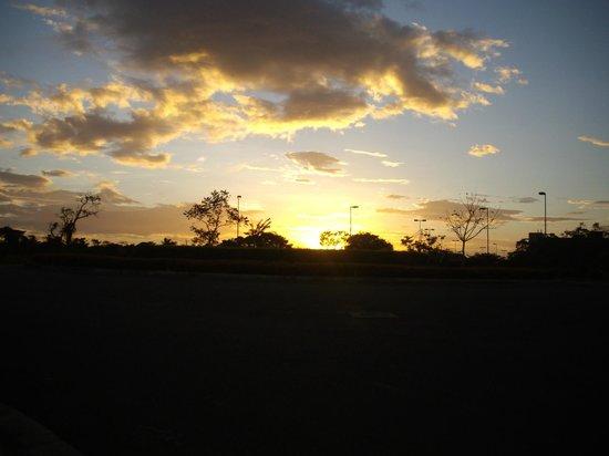Hilton Garden Inn Liberia Airport: Sunset at the Hilton