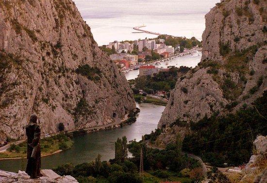 Ark Apartments: Cetina canyon