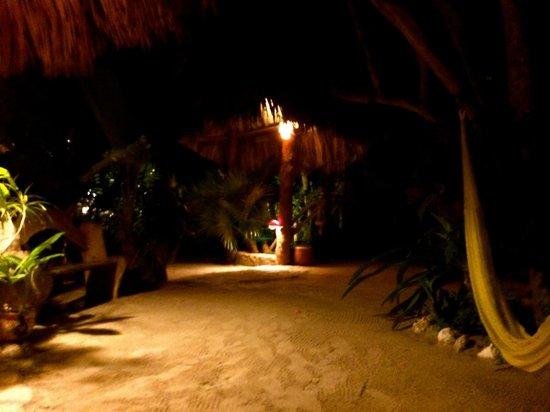 Holbox Hotel Mawimbi : Entry to Mawimbi
