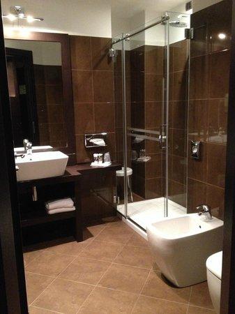 Hotel Mercure Bergamo Aeroporto: Bagno camera