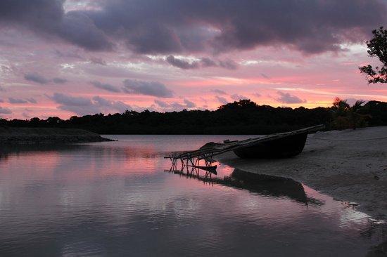 Aquana Beach Resort: Amazing Sunset