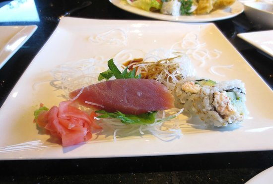 Kobe Steak and Sushi: Ahi Tuna Appetizer -- only one piece left....