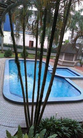 Hotel Seri Malaysia Rompin: 4 1/2 feet depth