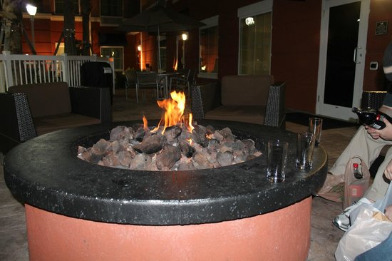 Homewood Suites by Hilton Orlando Airport: Fire Pit