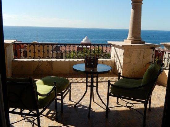 Hacienda Encantada Resort & Residences: We got lucky with our room - as we called the day before