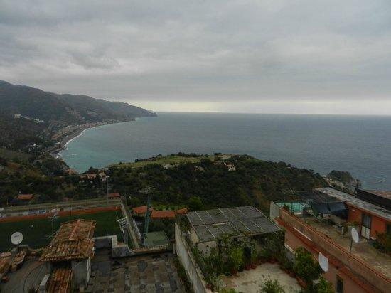 Hotel La Pensione Svizzera : view north from our room