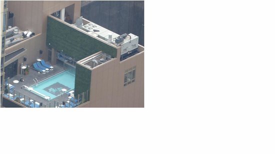 Gansevoort Park Avenue NYC: Picture of the Gansevoort Park pool from the Empire States Building