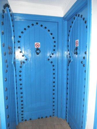 Moroccan House Hotel Casablanca : Porta de entrada para os quartos