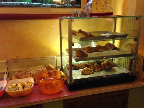 Montreal Hotel: Café da manhã