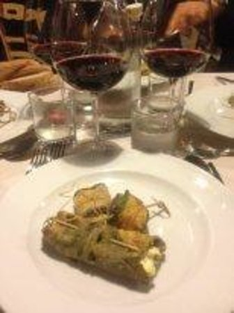 Lu Vottaro: starter 1, vegetables filled in with ricotta