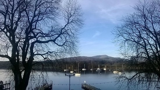 Waterhead Hotel : Beautiful view from balcony !