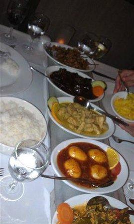 Puri Mas: Rijsttafel Dishes