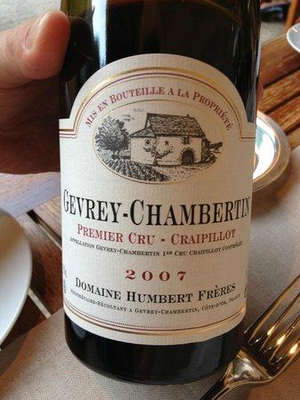 L'Ecusson Restaurant: Gevrey-Chambertin 2007. A bit earlier to drink.
