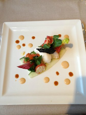 L'Ecusson Restaurant: Very beautiful and tasty apetizer