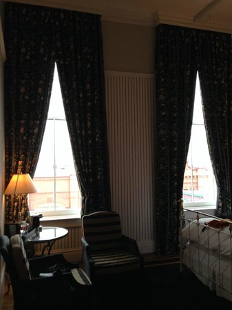 The Tremont House A Wyndham Grand Hotel : A good idea of ceiling height and room look