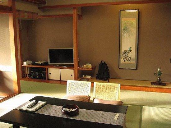 Kasenkyo Izutsuya: 部屋