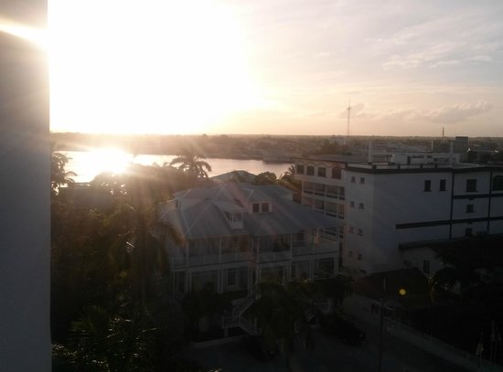 Radisson Fort George Hotel and Marina : 7th Heaven View