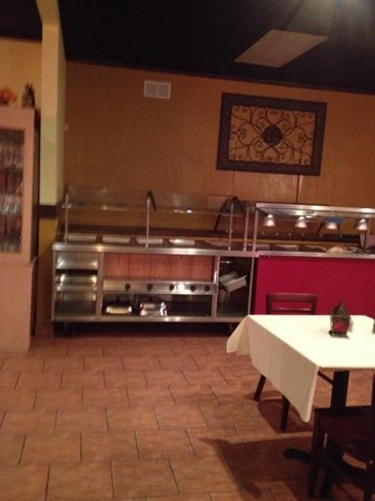 Deeya Indian Cuisine: Buffet area