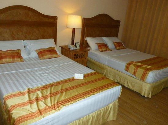 Best Western Boracay Tropics Resort: Double beds