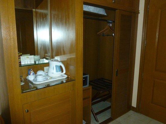 Best Western Boracay Tropics Resort: Room