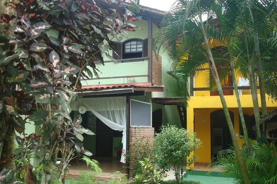 Pousada Recanto das Flores: View from the entrance